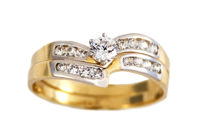 Swirl Princess Cut Gold Wedding Ring