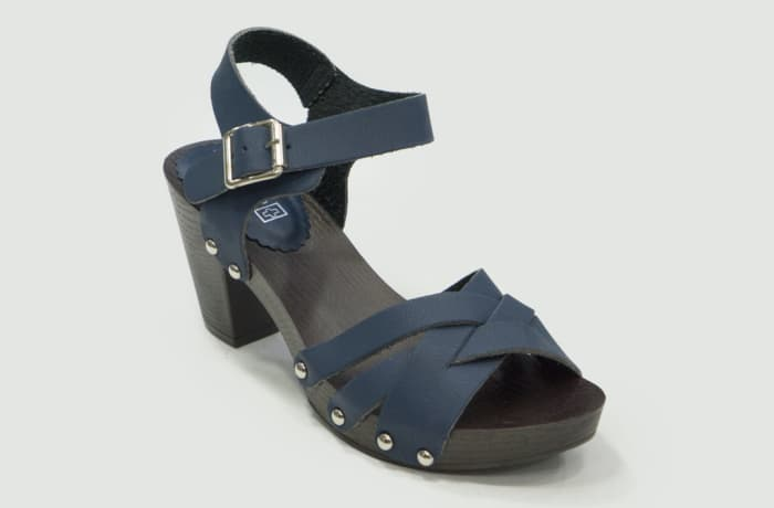 TS - Medium Chunky Heels Sandals Blue