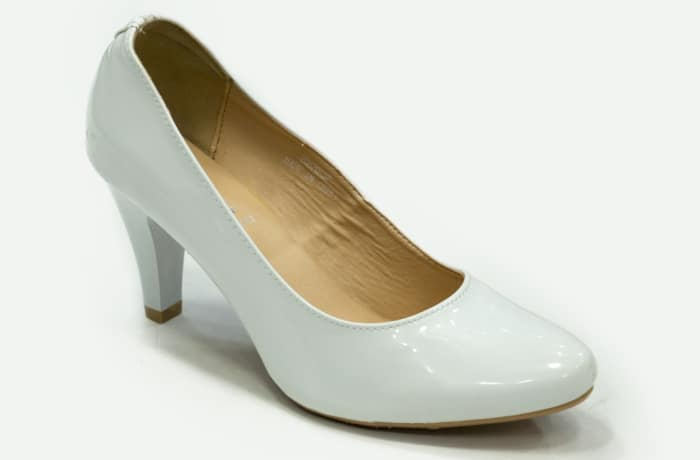 TS - Medium Chunky Heels White