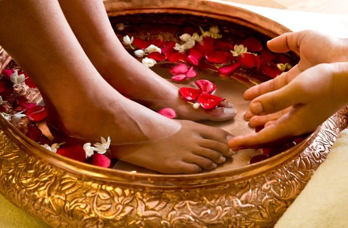 Indian Therapies - Pada Mardana