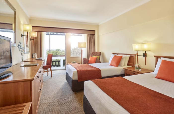 Executive Room City View Twin Bed