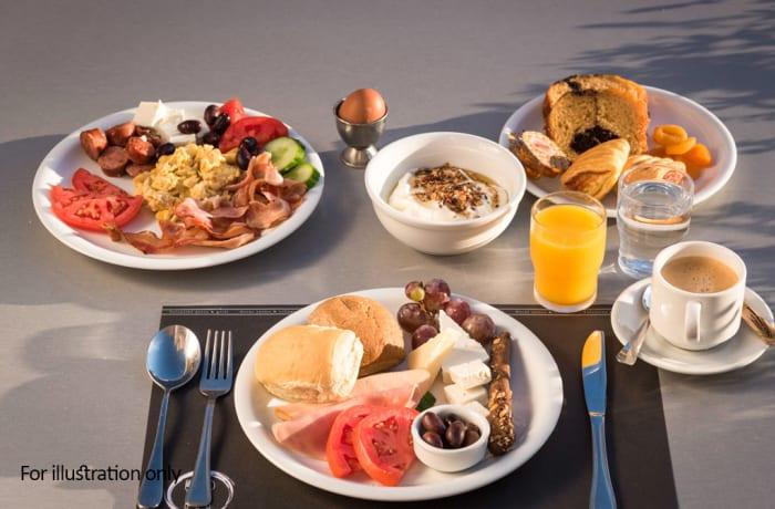 Jacaranda - Breakfast - Taj Pamodzi Breakfast