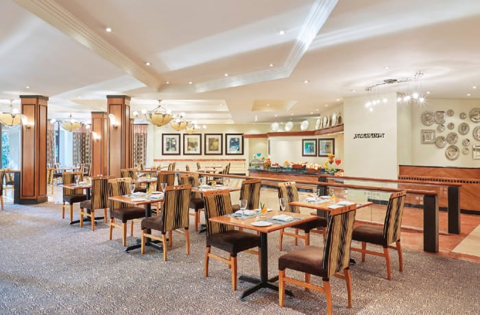 Restaurants & Bars image