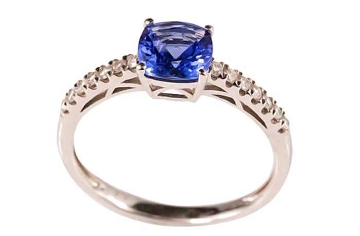 White Gold Tanzanite & Diamonds  Pave Ring