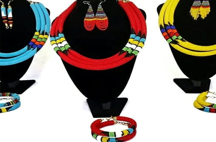 Masai round necklace, bangles & earrings