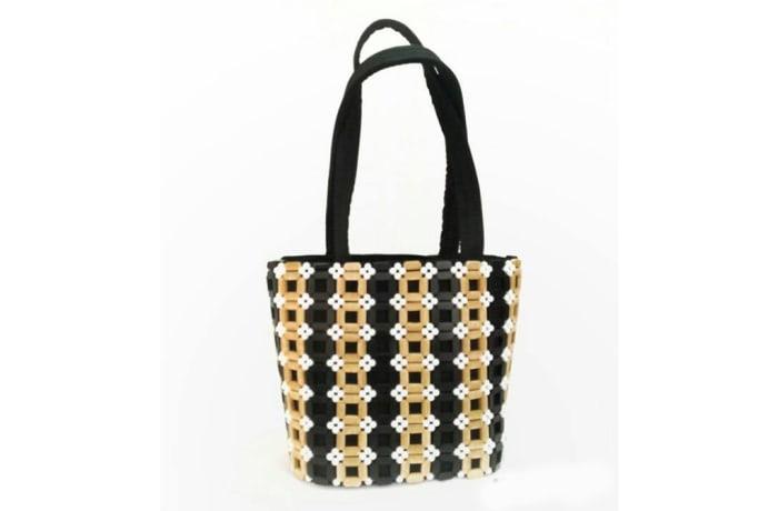 Square patterned Shoulder Handbag