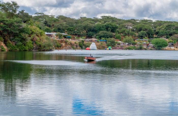 Water Activities: Speed Boats