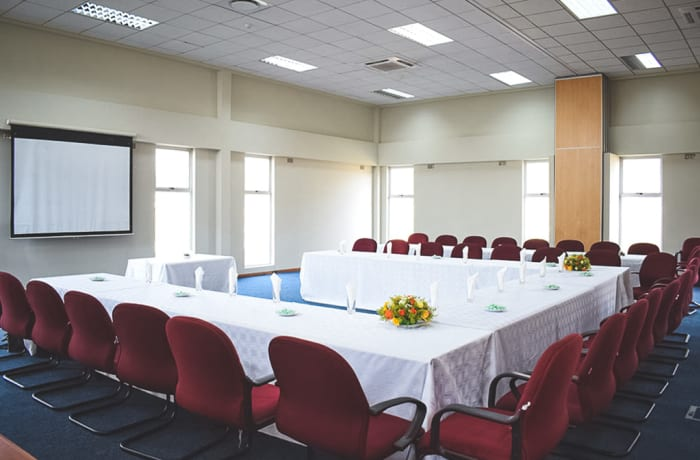 A modern facility that can accommodate 450 delegates (subject to preferred layout) image