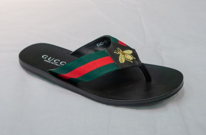 Gucci Slippers - Women's black