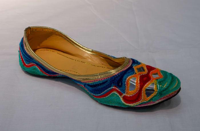 Mojari Shoes - Women's colourful green & blue