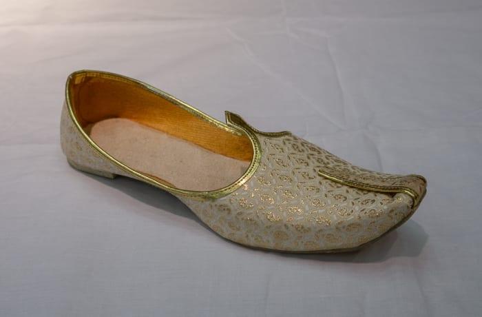 Mojari Shoes Women's light gold