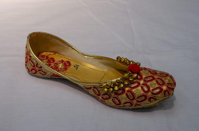 Mojari Shoes orange red