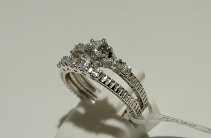 Silver Wedding Ring with Cubic Zirconia