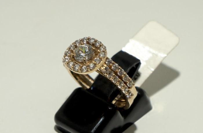 Crystal Gold Wedding Ring