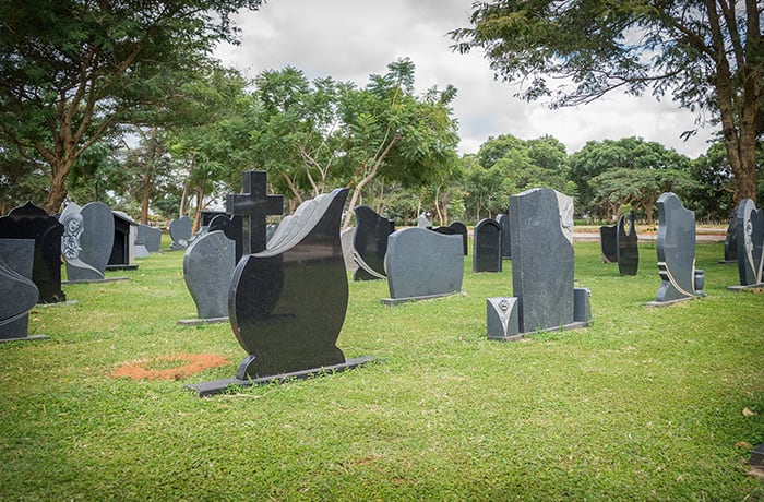 Adult graves - Family sites