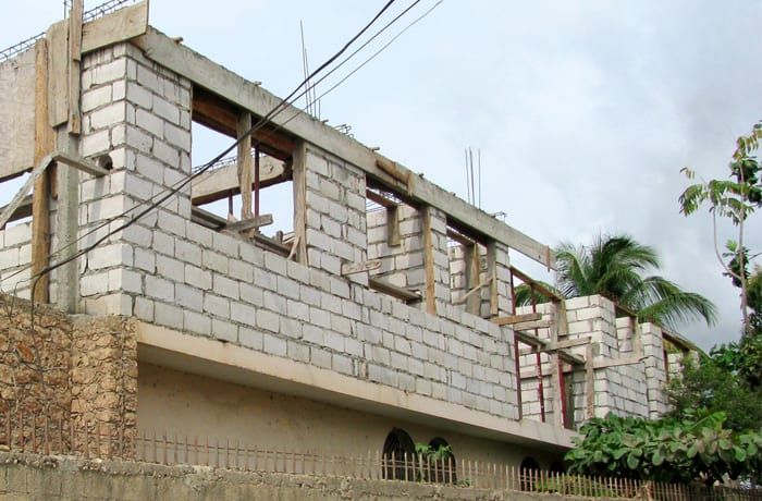 Building construction and rehabilitation works image