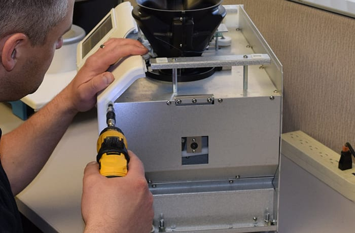 Weighing systems servicing image