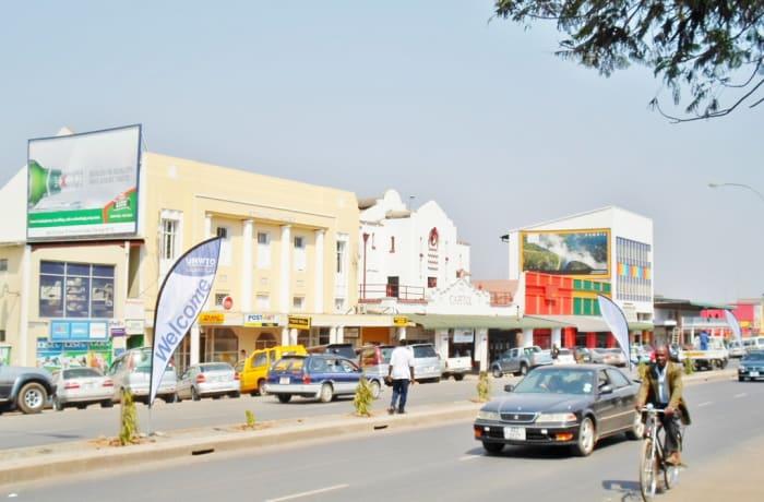 Zimbabwe Boarder to Livingstone town – Zambia