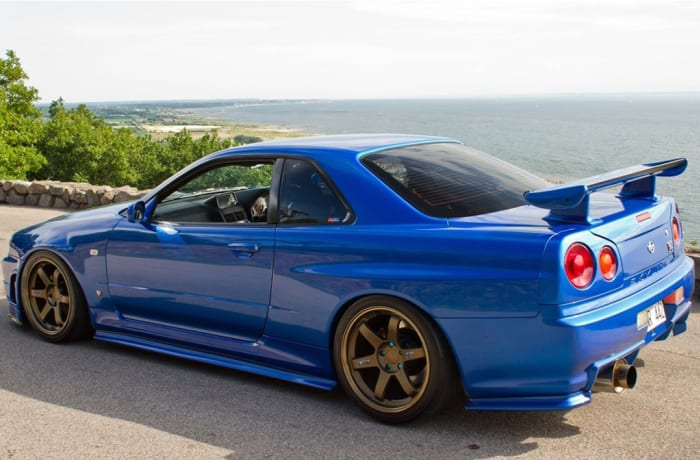 Nissan - Skyline Front Shock Repair