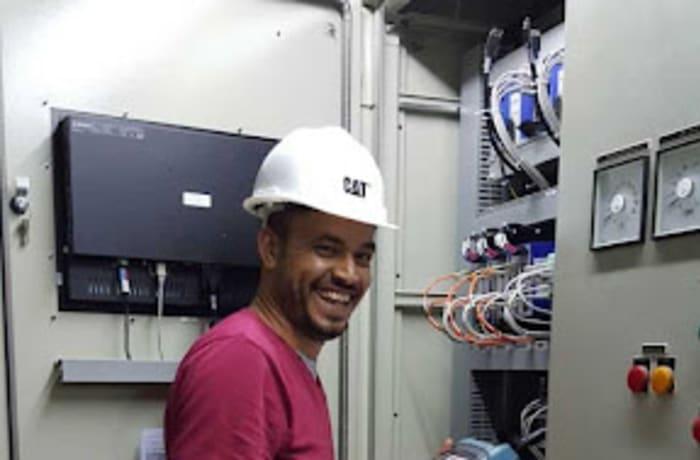 Optic fiber maintenance image