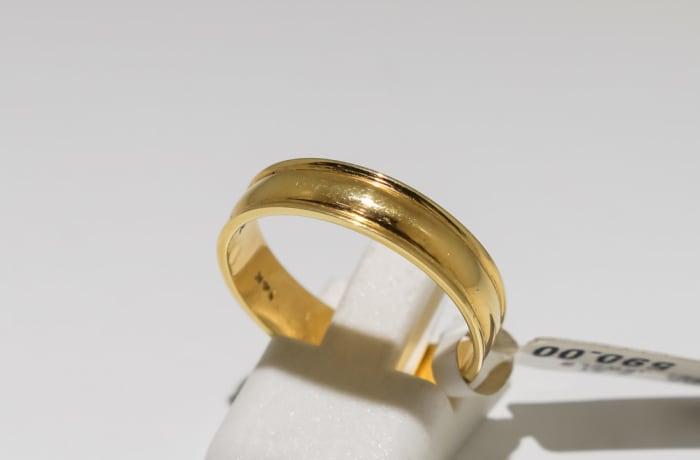 Men's wedding band yellow gold 14k ring image