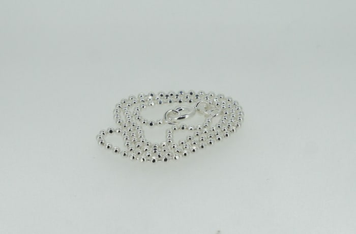Silver beaded necklace image