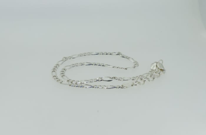 Silver linked rings necklace image