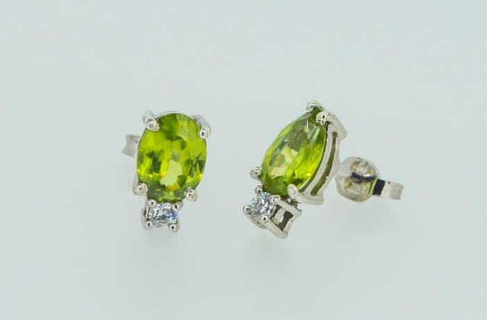 Gold tourmaline pendant and earring set image