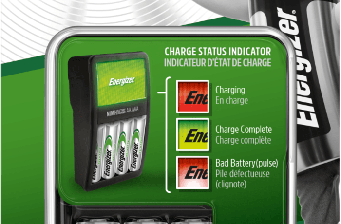 Energizer Charger: Maxi Charger ( with 4 x 2000mAh AAA Batteries) image