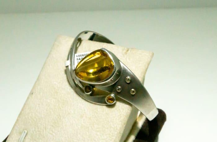 Silver Citrine gemstone bangle image