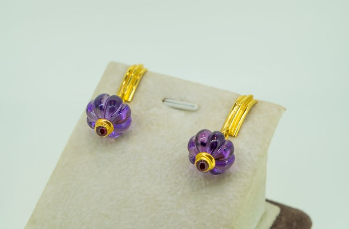 Yellow gold 18k watermelon cut amethyst with ruby earrings image
