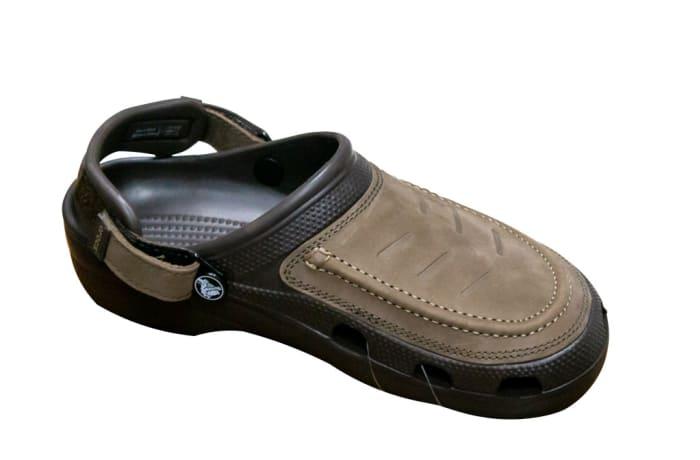 Crocs Classic Pack Clog Brown image
