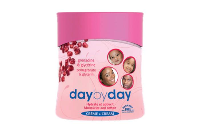 Day by Day Moisturizing Cream with Grenadine & Glycerine image