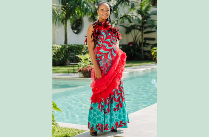 Sleeveless maxi chitenge blue with red floral image