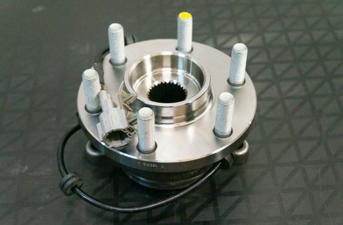 Nissan Navara D40 - Hub Assembly  image