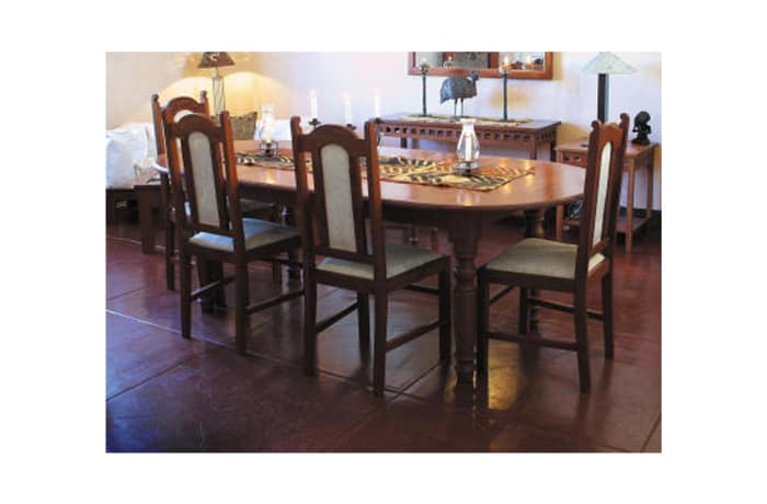 Dining table - 8-seater oval image