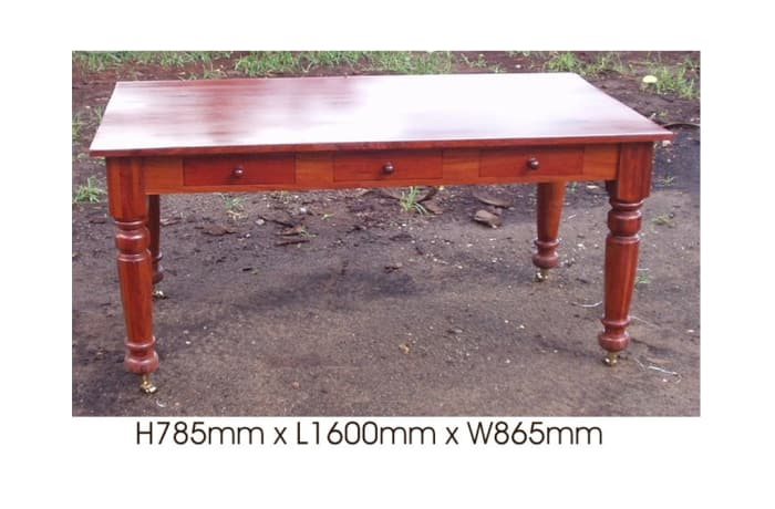 Dining table Farmhouse 3 drawers image