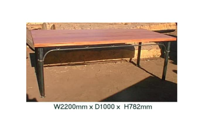Dining table Safpar patio table large image