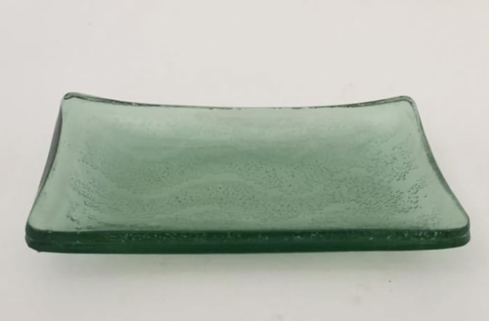 Light green soap dish image