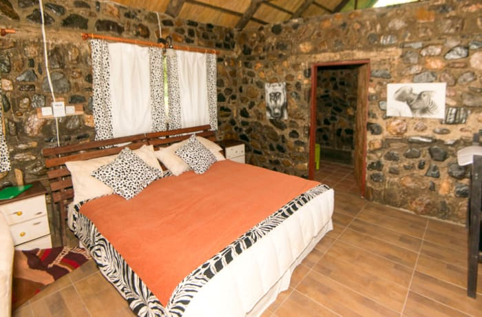 Stone Cottage - Double bed image