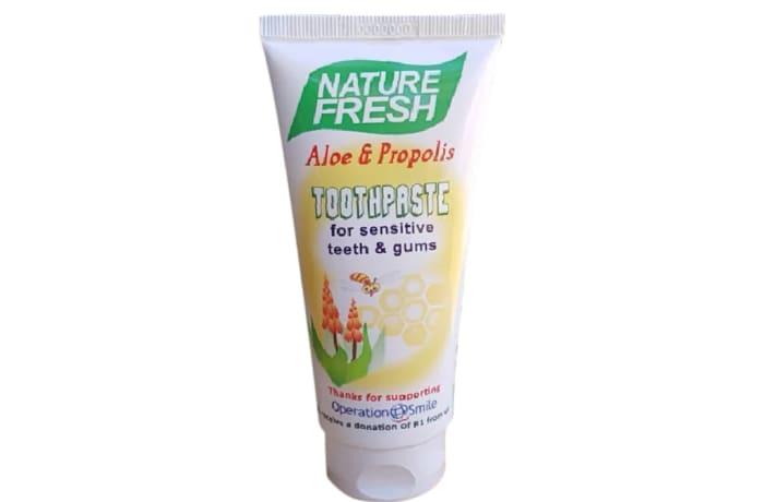 Aloe & Propolis Toothpaste  for Sensitive Teeth & Gums 100ml image
