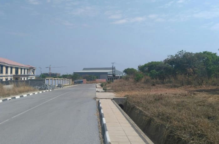 1016 m² commercial vacant land for sale in Roma Lusaka image