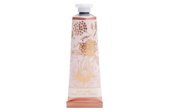 Perfectly Pretty Soft Petals Hand & Nail Cream image
