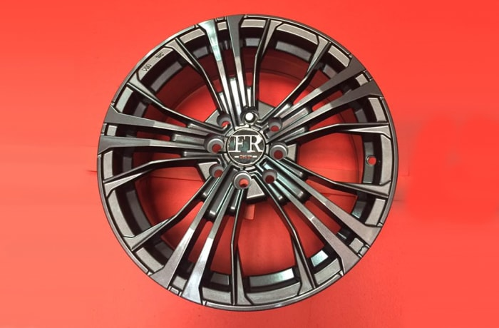 "Car Wheel Rim 16"" 8 holes universal image"