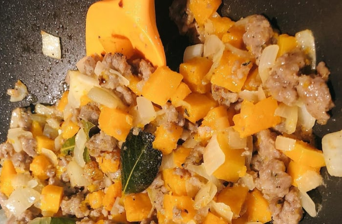 Tansi Kitchen - Butternut and sausage pasta image