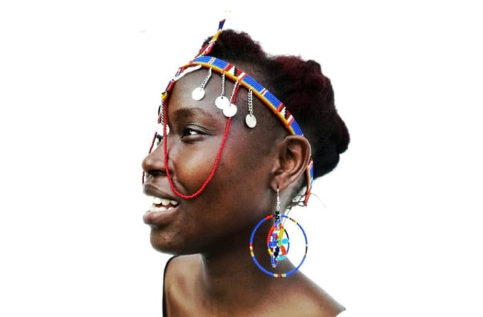 Beaded head band with matching earrings image