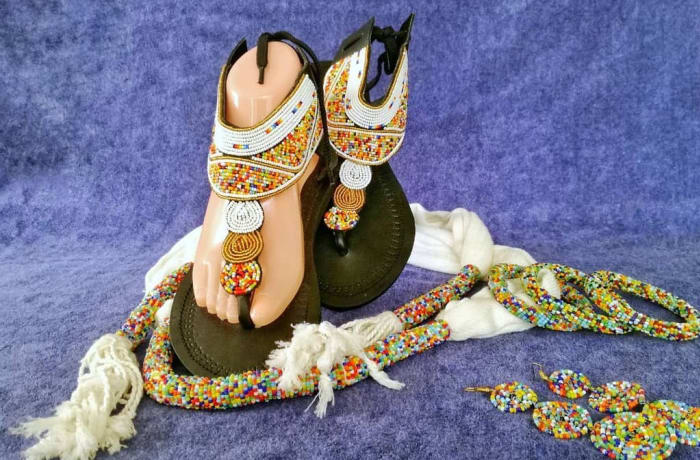Green beaded leather sandals image