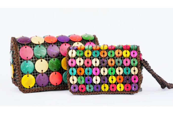 String Beaded Purses image