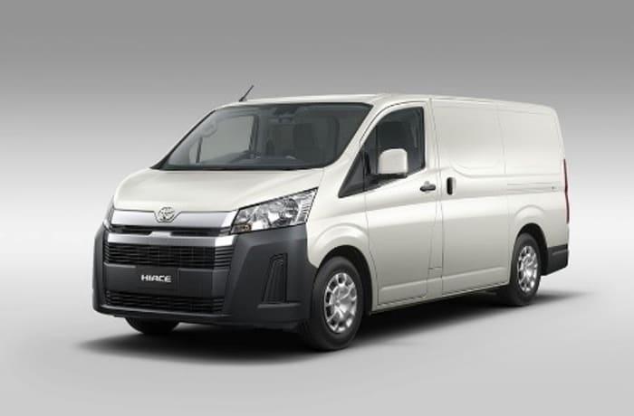 Toyota Hiace 2.8 image