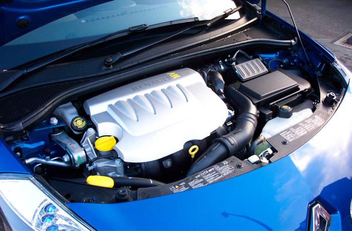 Renault Zambia F-One Hazida image